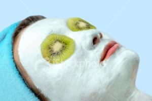 kiwi-yogurt-facemask